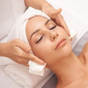 facial course product image